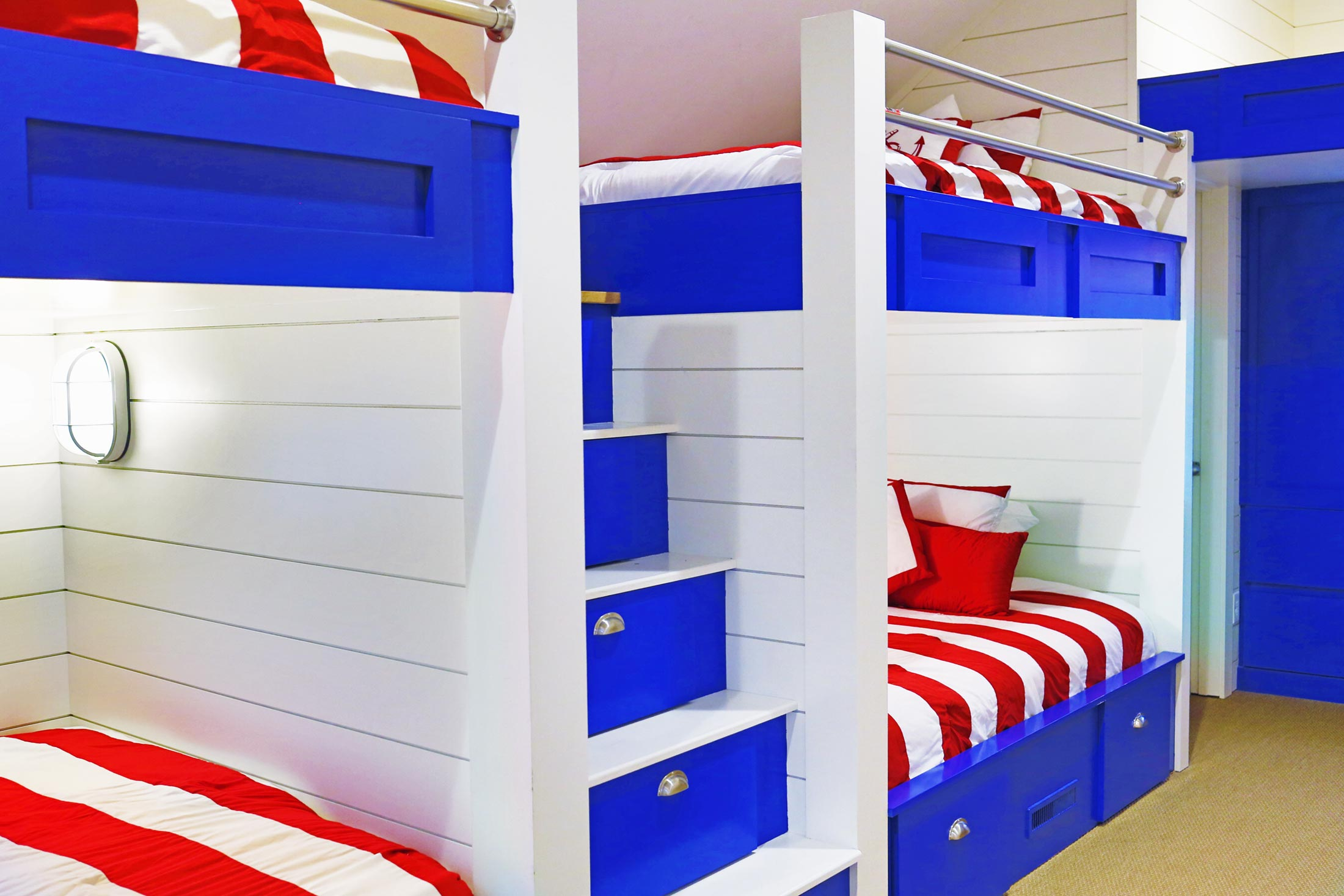 Bunk Room (Right)